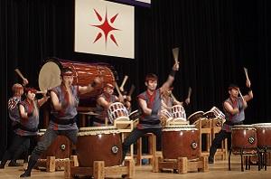 アトラクションで披露された米子がいな太鼓の演奏